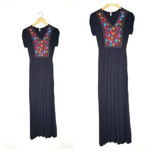 Mai Soli black maxi dress, size medium. NWOT